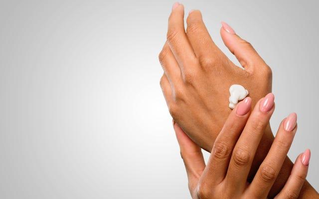Qual è la migliore lozione per le mani troppo lavate?