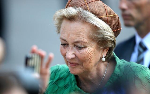 ベルギー王室は死んだ女王と生きている女王を混乱させて大変申し訳ありません