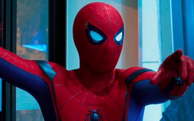 スパイダーマン:ホームカミングスコアからの英雄的なサンプリングを聞く