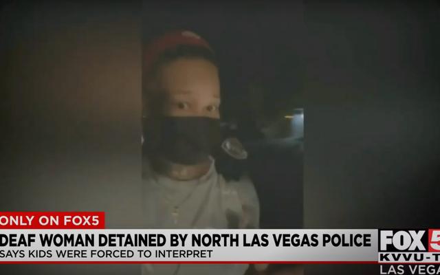 La police de Las Vegas a menotté une femme sourde et forcé ses enfants à interpréter pour des flics