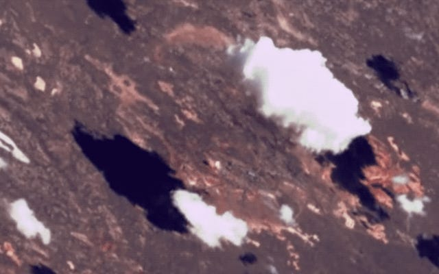 ロケットの打ち上げは宇宙からさらに涼しく見える