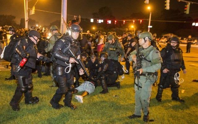 """#AltonSterling: Funkcjonariusze usiłowali """"zgodnie z prawem aresztować"""", mówi prokurator generalny stanu Luizjana; Żadne zarzuty karne nie zostaną wniesione"""
