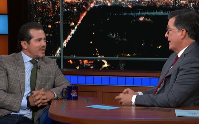 John Leguizamo memberi tahu Stephen Colbert bahwa Trump dapat menggunakan Latin History For Morons miliknya