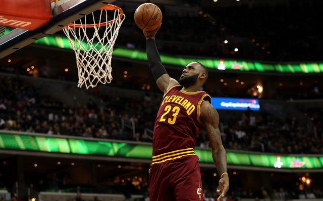 NBAの新しいCBAは、レブロンのようなスーパースターにとても優しいです