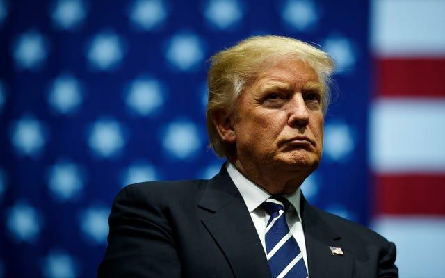 トランプは彼の独特のオレンジ色の背後にある謎を解きます: '光は良くありません。私はいつもオレンジ色に見えます」