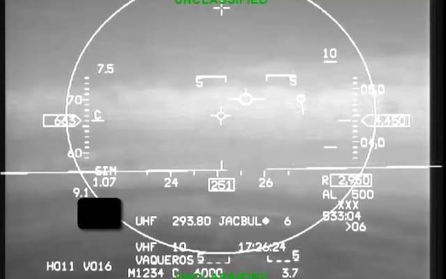 F-16の自動操縦モードが意識不明のパイロットの命を救うのを見る