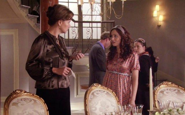 L'ora più bella di Gossip Girl ha lasciato cadere il narratore, ha raccolto la torta