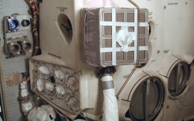 Houston, tenemos un problema: el invento que salvó la vida a los astronautas del Apolo 13