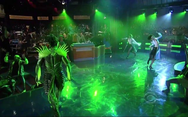 Jest godzina piętnasta, więc zobaczmy, jak The Green Goblin przenosi Late Show Lettermana na nowy poziom niezręczności