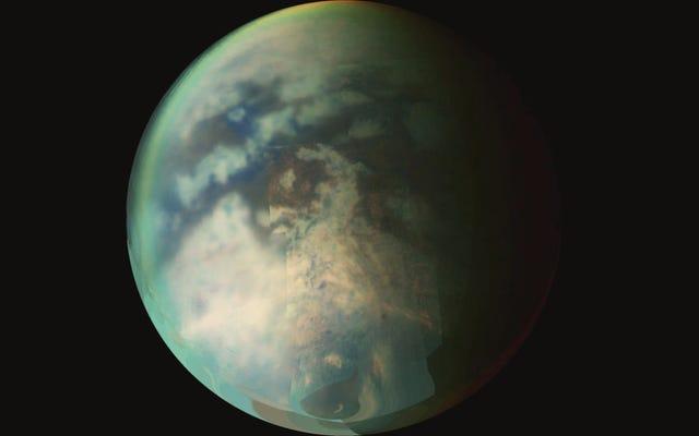 शनि के चंद्रमा टाइटन पर बारिश का 'वेट साइडवॉक इफ़ेक्ट' सॉल्व्स मिस्ट्री