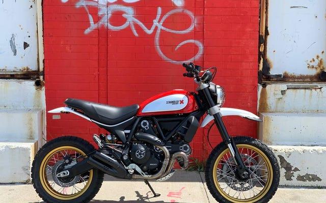 Với giá 8.500 đô la, liệu bạn có thể sở hữu chiếc Ducati Scrambler Desert Sled 2017 này không?