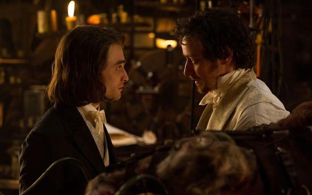 Victor Frankenstein và trợ lý trung thành của anh ta Igor có một bản làm lại chủ nghĩa xét lại nhàm chán