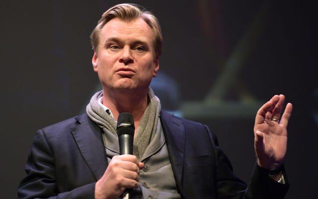 Christopher Nolan บอกว่าเขาไม่ได้กำกับ Bond 25 อย่างแน่นอน