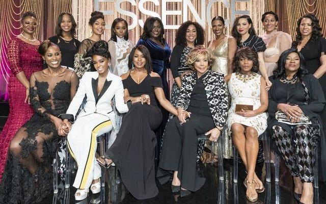 黒人女性はハリウッド賞のエッセンスの黒人女性で卓越性を浴びていた