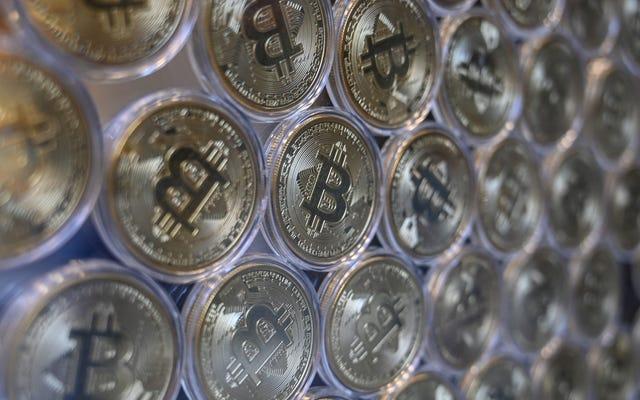 Bitcoin Cebinizde Bir Delik mi Açıyor? Artık Apple Pay Kullanarak Harcayabilirsiniz