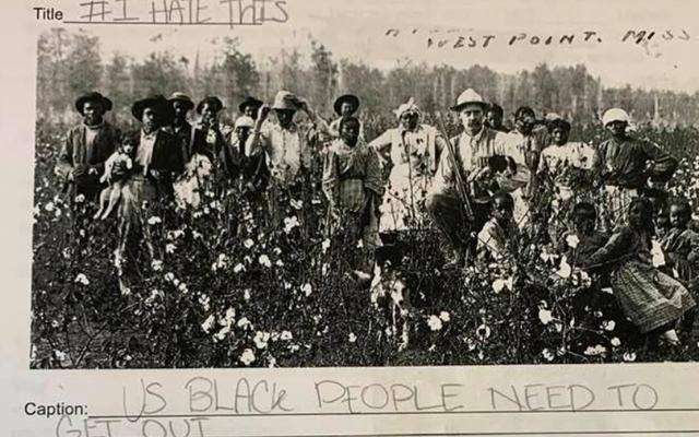 伝えられるところによると、ロングアイランドの教師は、奴隷制の画像に面白いキャプションを提供するよう生徒に求めました