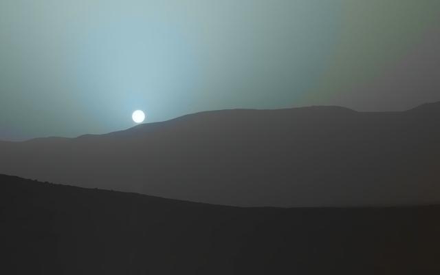 आप व्यक्तिगत रूप से ऐसा सूर्यास्त नहीं देखेंगे। मंगल पर ले जाया गया है
