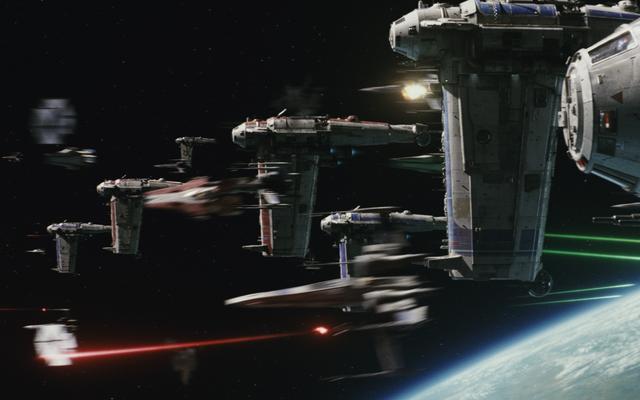 Jak The Last Jedi sprawił, że Star Wars Space Combat stało się czytelne