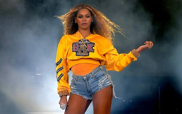 Sự trở lại của Beyoncé trên Netflix là một trải nghiệm đen tối trong lịch sử