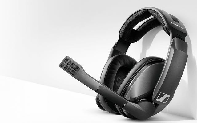 新しいワイヤレスゲームヘッドセットは、1回の充電で少なくとも80時間使用できます