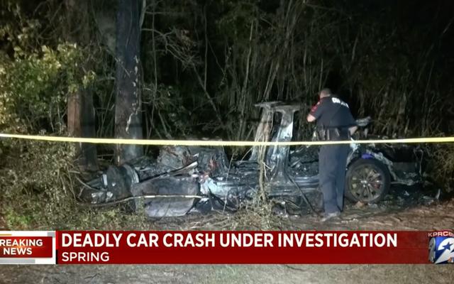 Ninguém no banco do motorista enquanto o Fiery Tesla Crash mata dois perto de Houston