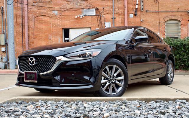 Morts, officiellement: la Mazda 6 manuelle