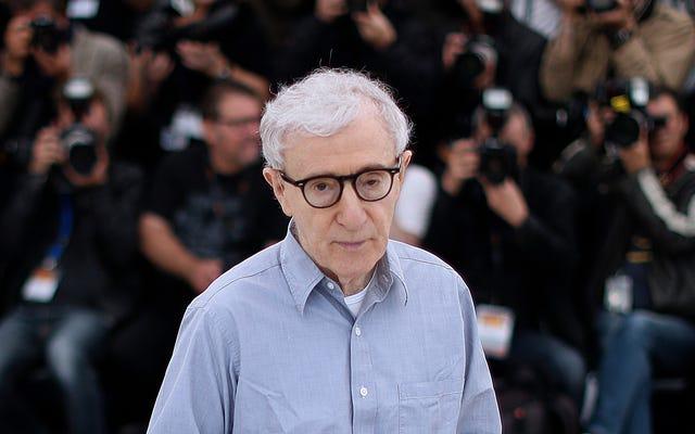 Pandemi Tidak Menghentikan Woody Allen dari Menemukan Penerbit Untuk Memoarnya