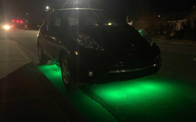 Ho messo LED underglow sulla mia Nissan Leaf perché Tesla non può avere tutti gli espedienti EV