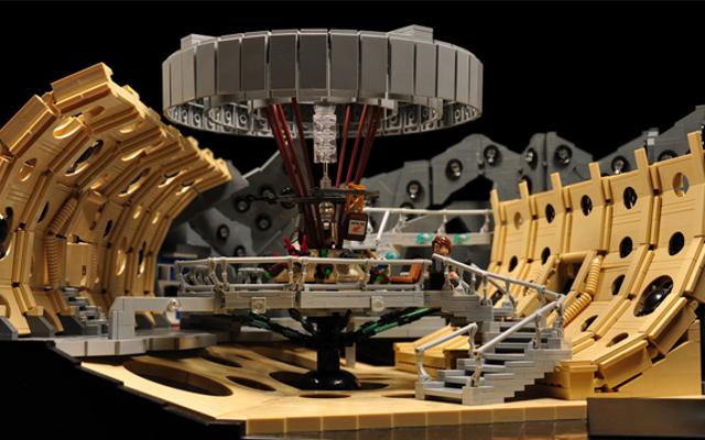 पवित्र बकवास, यह लेगो TARDIS कंसोल रूम शानदार है