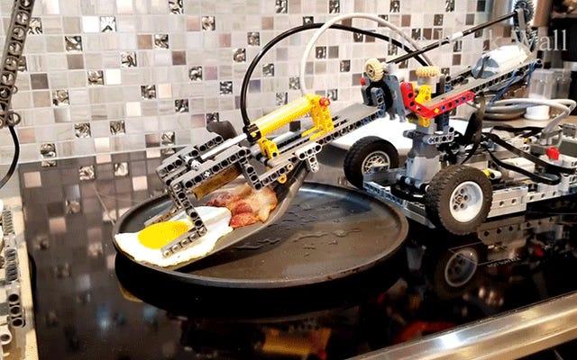 रुको, मेरे लेगो खिलौने इन सभी वर्षों में मुझे नाश्ता बना सकते हैं?