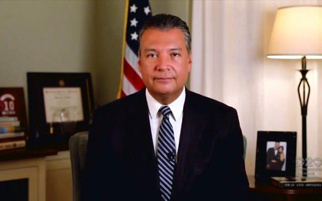 अमेरिकी सीनेट में कमला हैरिस को प्रतिस्थापित करने के लिए गॉव न्यूजॉम ने कैलिफोर्निया के राज्य सचिव एलेक्स पाडिला की नियुक्ति की