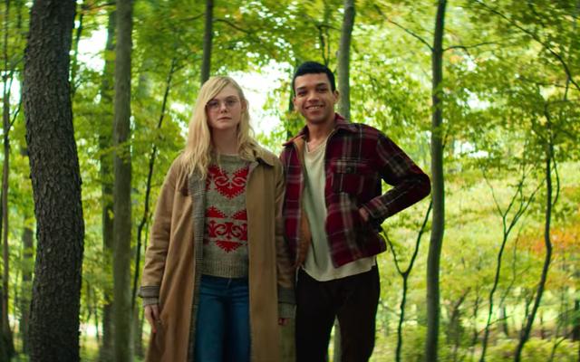 All the Bright Places est un film pour adolescents déprimant avec une grande mode d'automne