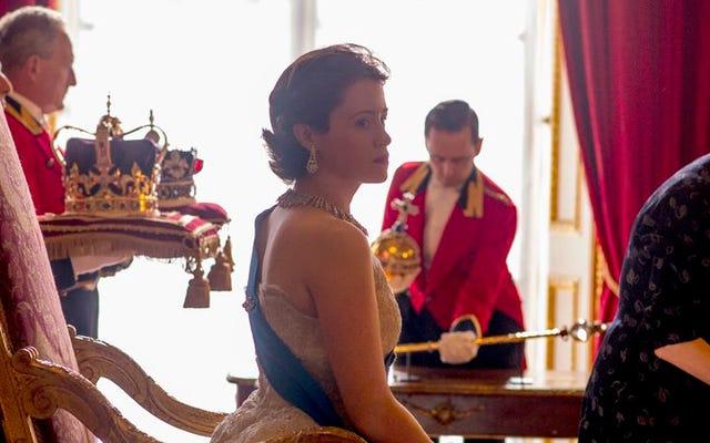 A coroa é um drama familiar visualmente suntuoso digno de uma rainha