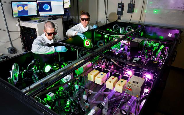 世界で最も強力なレーザーは、まもなくその強度のほぼ3倍のモンスターになります-1,000テラワット