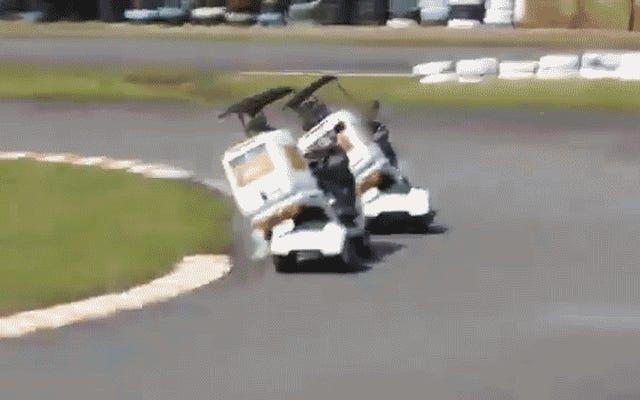 この日本のピザ配達スクーターの戦いは、人々が何でも競争するという証拠です