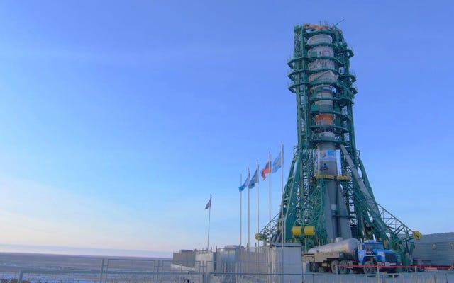 Bałagan na orbicie się rozszerza: SpaceX RivaI OneWeb wystartuje 34 satelity