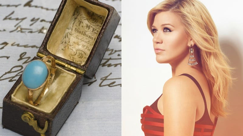 Illustration for article titled Kelly Clarkson Buys Jane Austen's Ring, Brits Require Fainting Couch