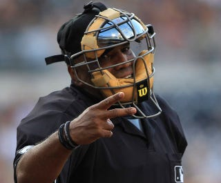 Illustration for article titled Better Know An Umpire: Laz Diaz