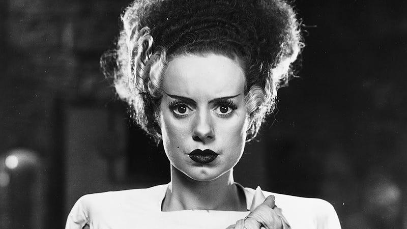 Elsa Lanchester in 1935's Bride of Frankenstein. Image: Universal