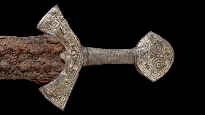 Illustration for article titled A Stunning Late-Era Viking Sword is Now on Display For the First Time