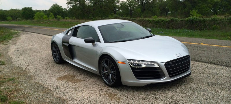 what do you want to know about the 2015 audi r8 v10 plus. Black Bedroom Furniture Sets. Home Design Ideas