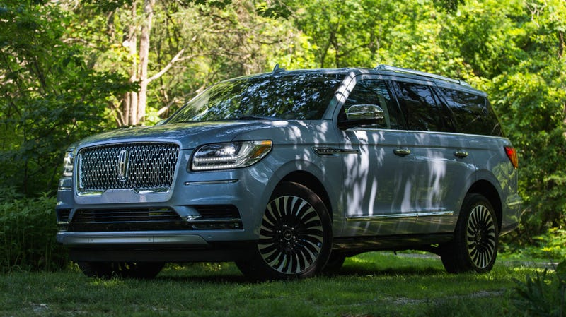Illustration for article titled What Do You Want to Know About the 2019 Lincoln Navigator?