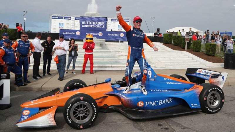 Illustration for article titled Scott Dixon Becomes the Second Driver Ever to Win Five IndyCar Championship Titles