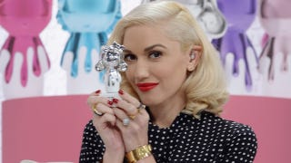 Illustration for article titled Gwen Stefani: Harajuku Girl Accessories Were 'A Compliment'
