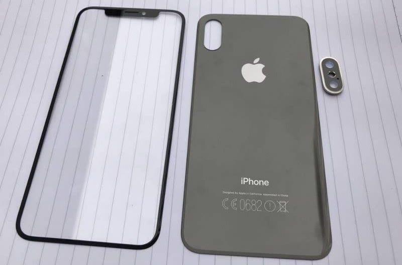 Una filtración de varios componentes desveló el diseño del iPhone X antes de su presentación oficial