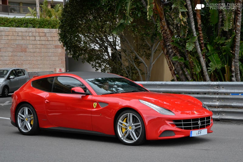 Illustration for article titled I'm sorry, why don't we like the Ferrari FF again?