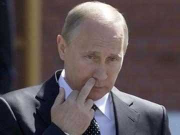 Illustration for article titled Shocking Revelation: Vladimir Putin is a Crook