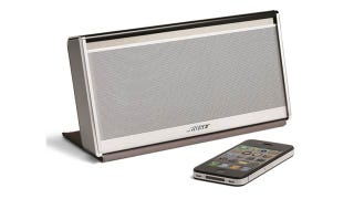 Illustration for article titled Bose Tells AirPlay to Eat It with Its SoundLink Mobile Bluetooth Speaker