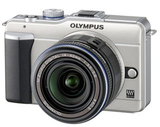 Illustration for article titled Olympus PEN E-PL1 Thankfully Includes Built-In Flash and $200 Cheaper Price Point