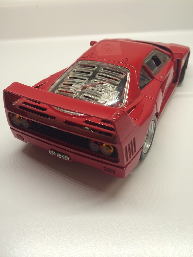Illustration for article titled Ferrari F40: A Die-cast Review